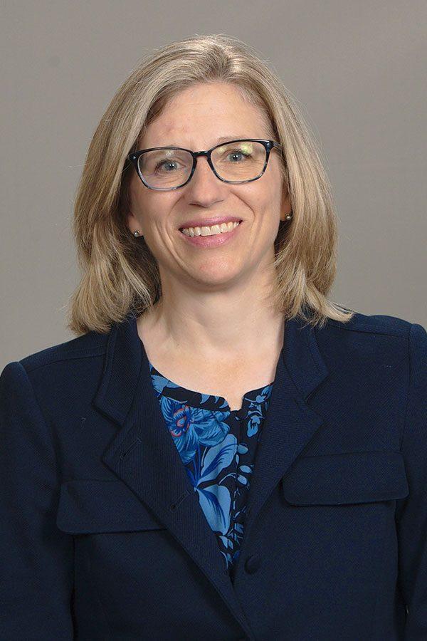 Dr Lauren Stevenson